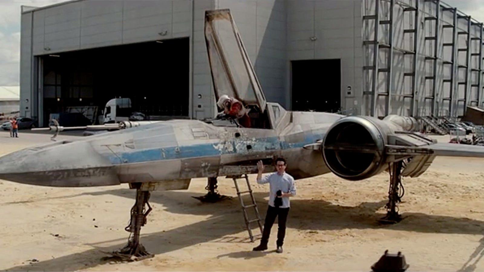 Así lucen los X-Wing del Episodio VII de Star Wars