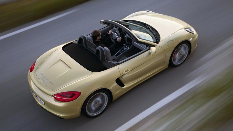 Illustration for article titled The 2013 Porsche Boxster Is Longer, Wider, Lighter, Better