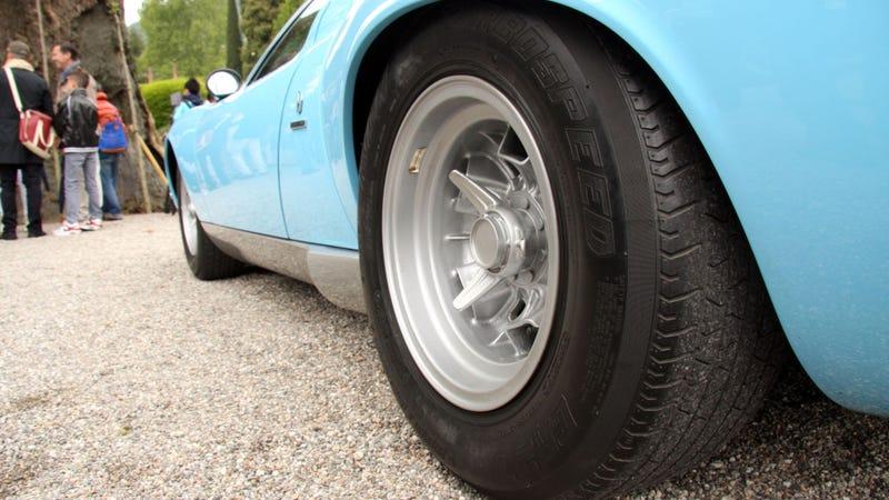 Illustration for article titled Even The Lamborghini Miura's Tires Scream Speed