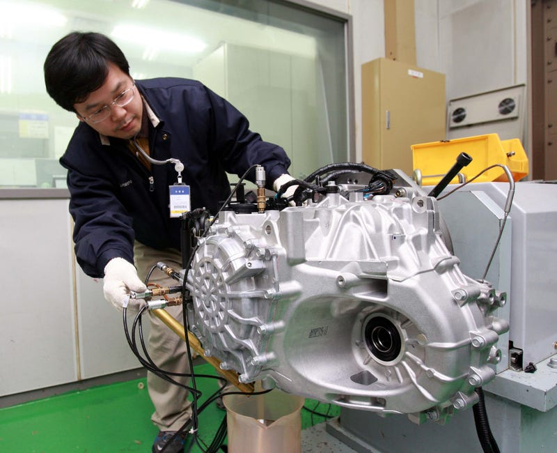 Hyundai's New In-House Six Speed Auto Transmission Hits