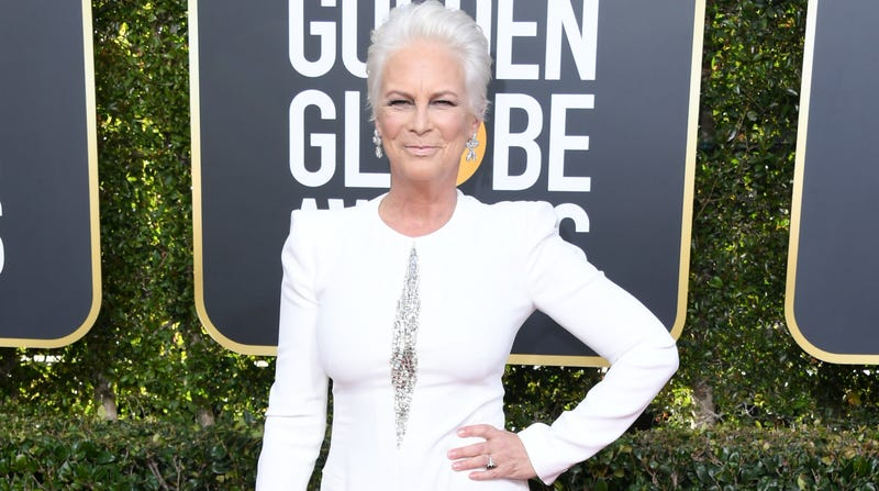 Illustration for article titled Jamie Lee Curtis Agrees: The Golden Globes Viral Fiji Water Girl Was 'Blatant Promotion'