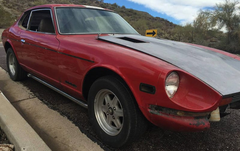 Illustration for article titled For $4,000, Could This Custom 1975 280Z Be A Tasty Leftover?