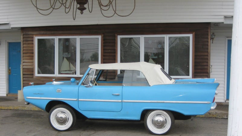 Illustration for article titled Buy This Classic Amphicar And Rule The Seas