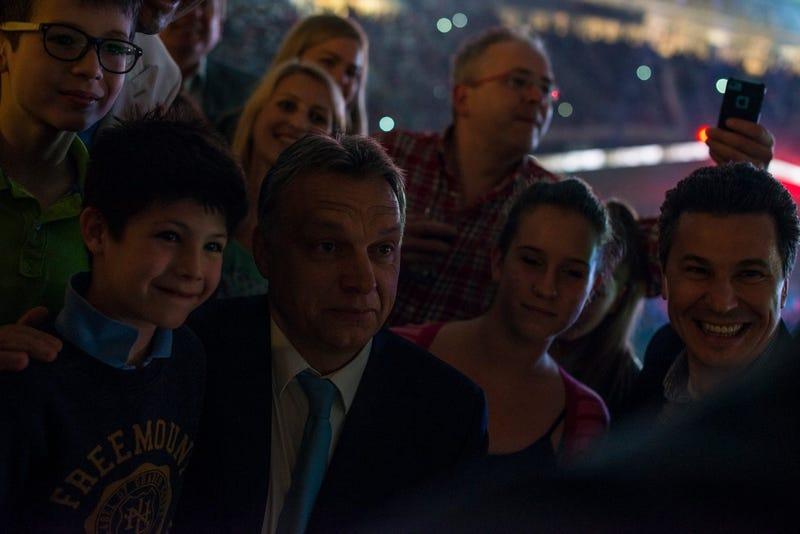 Illustration for article titled Orbán Viktort kérte fel miniszterelnöknek Áder János! (frissítve!)