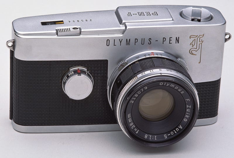 Illustration for article titled Olympus, Please Turn The Vintage Pen F Into The Micro Four Thirds Camera We've Been Dreaming Of