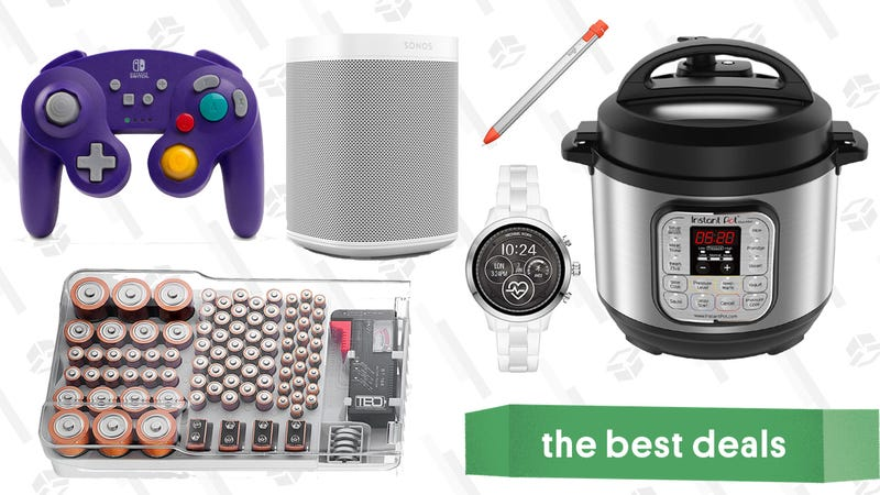 Illustration for article titled Tuesday's Best Deals: Instant Pot Mini, Watches, Battery Organizer, and More