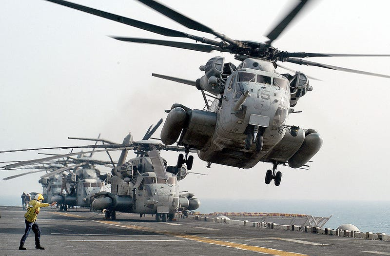 Illustration for article titled The Marines Corps' CH-53E Super Stallion Fleet Is In Inexcusably Horrible Disrepair