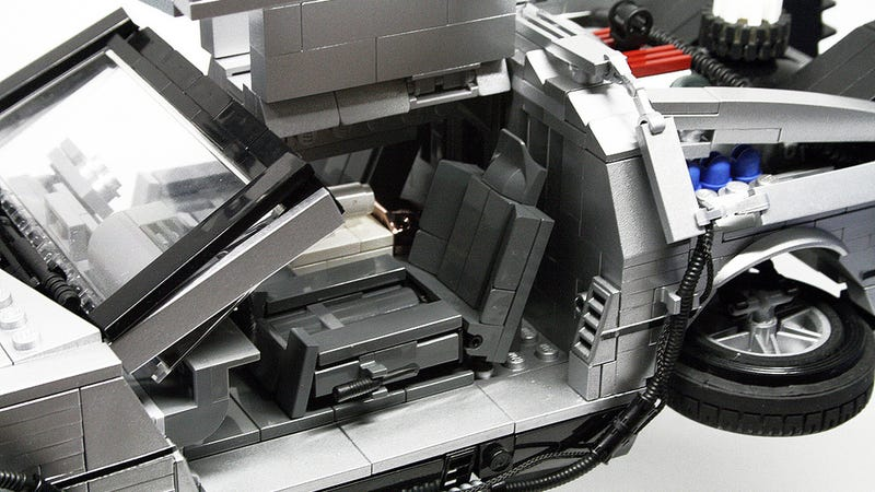 Illustration for article titled This Is An Awesome Lego DeLorean