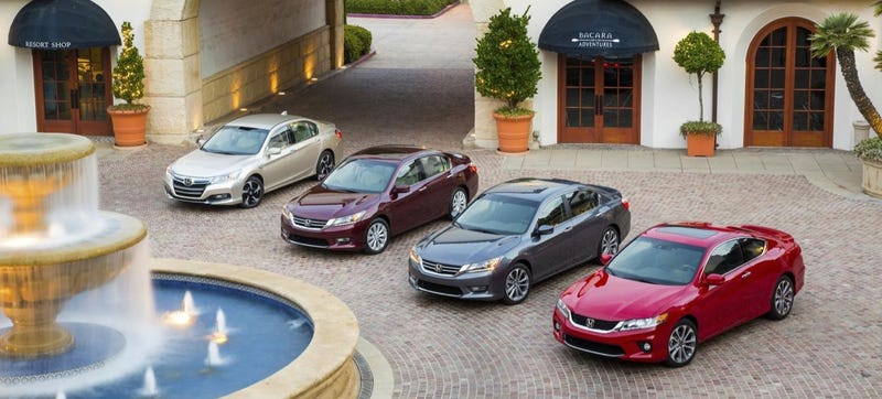 Illustration for article titled Honda Accord Trumps Toyota Prius As Best-Selling Car In California