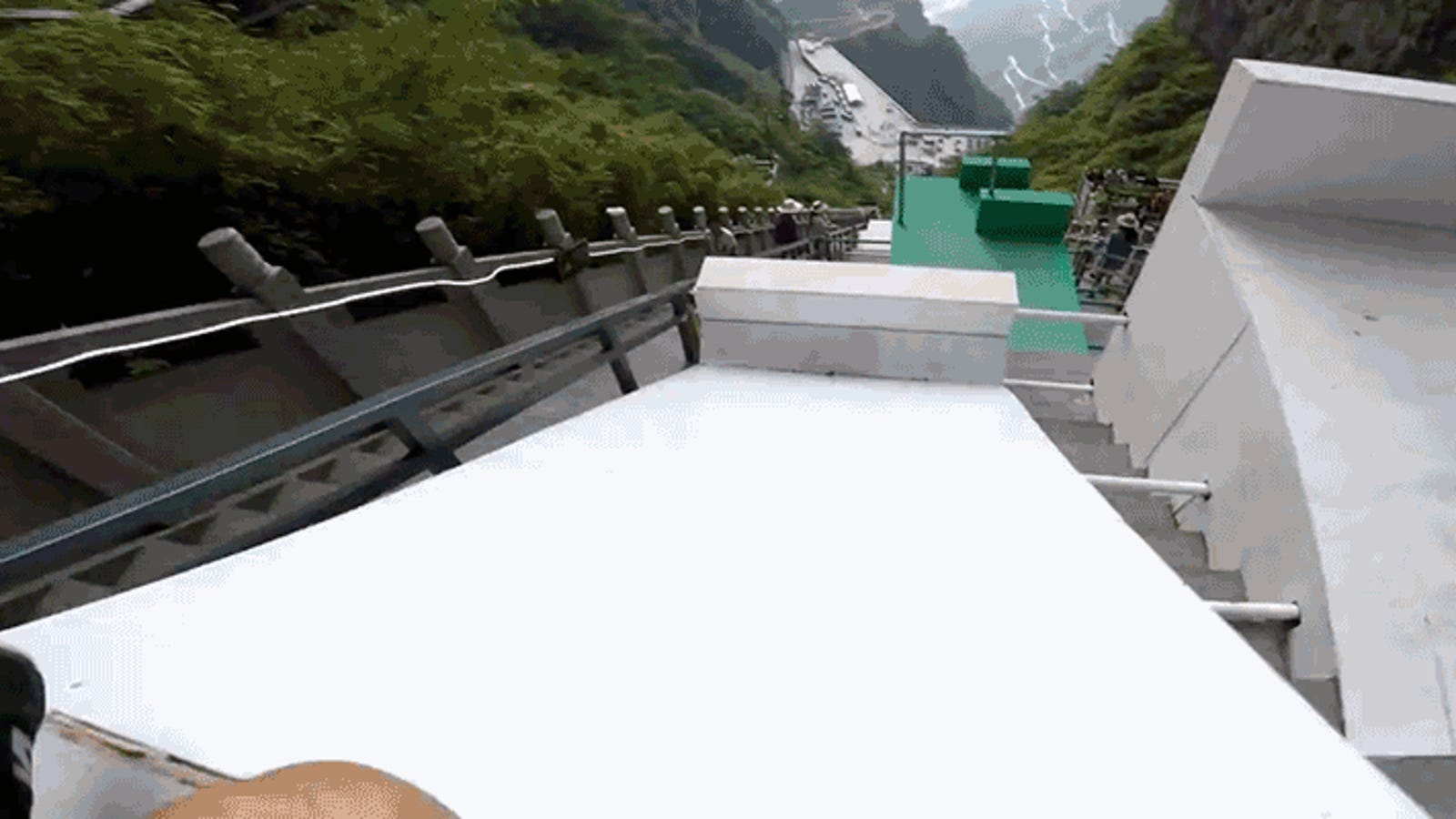 Count How Many Times You'd Break Your Ankle on This Crazy Steep Downhill Mountain Parkour Run