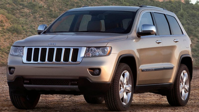 2011 jeep grand cherokee good looking but is it enough. Black Bedroom Furniture Sets. Home Design Ideas