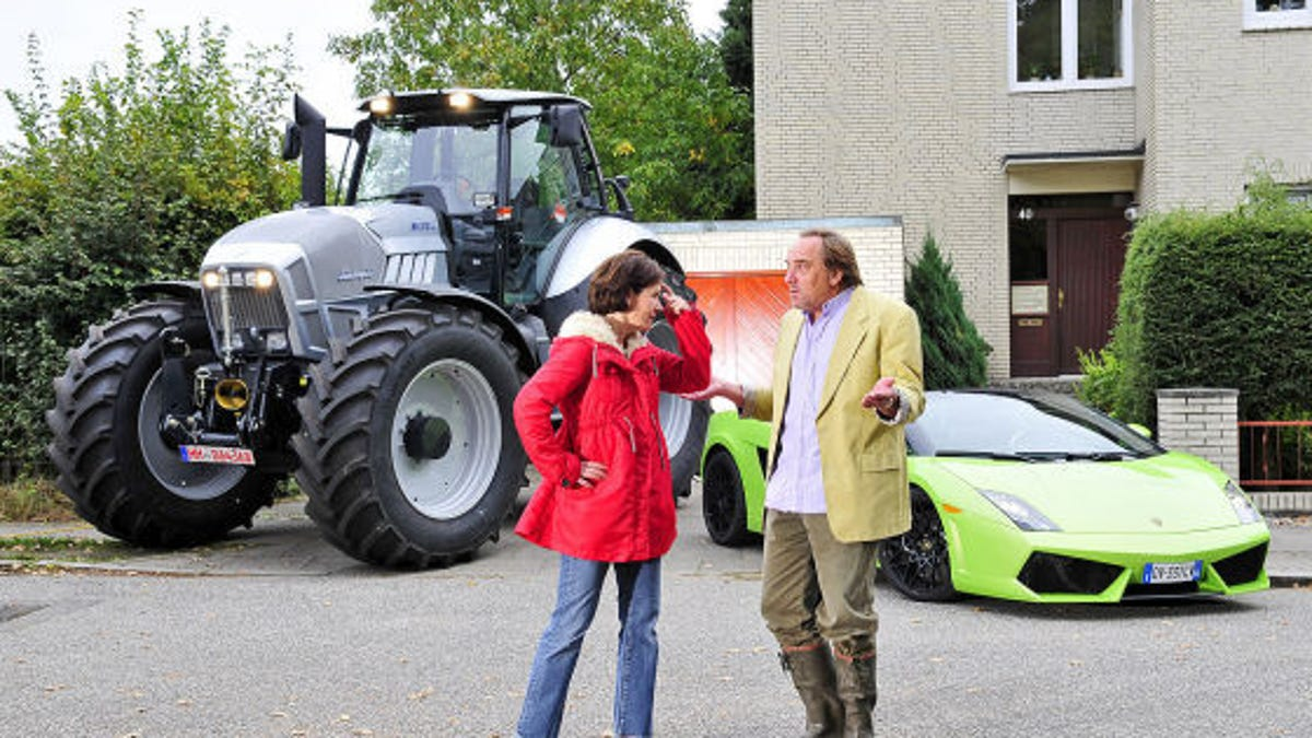 The Big Lamborghini Face,Off Roadster vs. Tractor