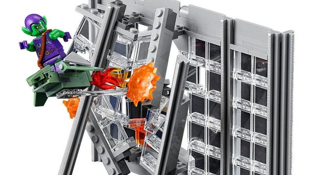 Extra, Extra, Get Your Giant Spider-Man Daily Bugle Lego Set Here