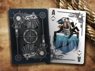 Illustration for article titled Véres, de gyönyörű kártyapaklit készítettek a Cápa tiszteletére