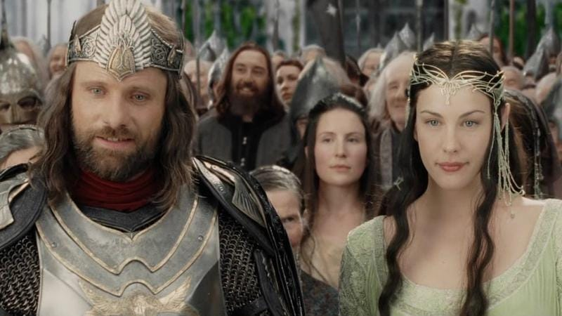 Now everyone's happy! (Screenshot: Lord Of The Rings: Return Of The King)