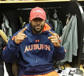 Illustration for article titled Poor Mark Ingram Had To Wear Auburn Gear Yesterday
