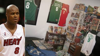 Illustration for article titled Aussie With World's Largest Collection Of Antoine Walker Memorabilia May Also Have World's Only Collection Of Antoine Walker Memorabilia