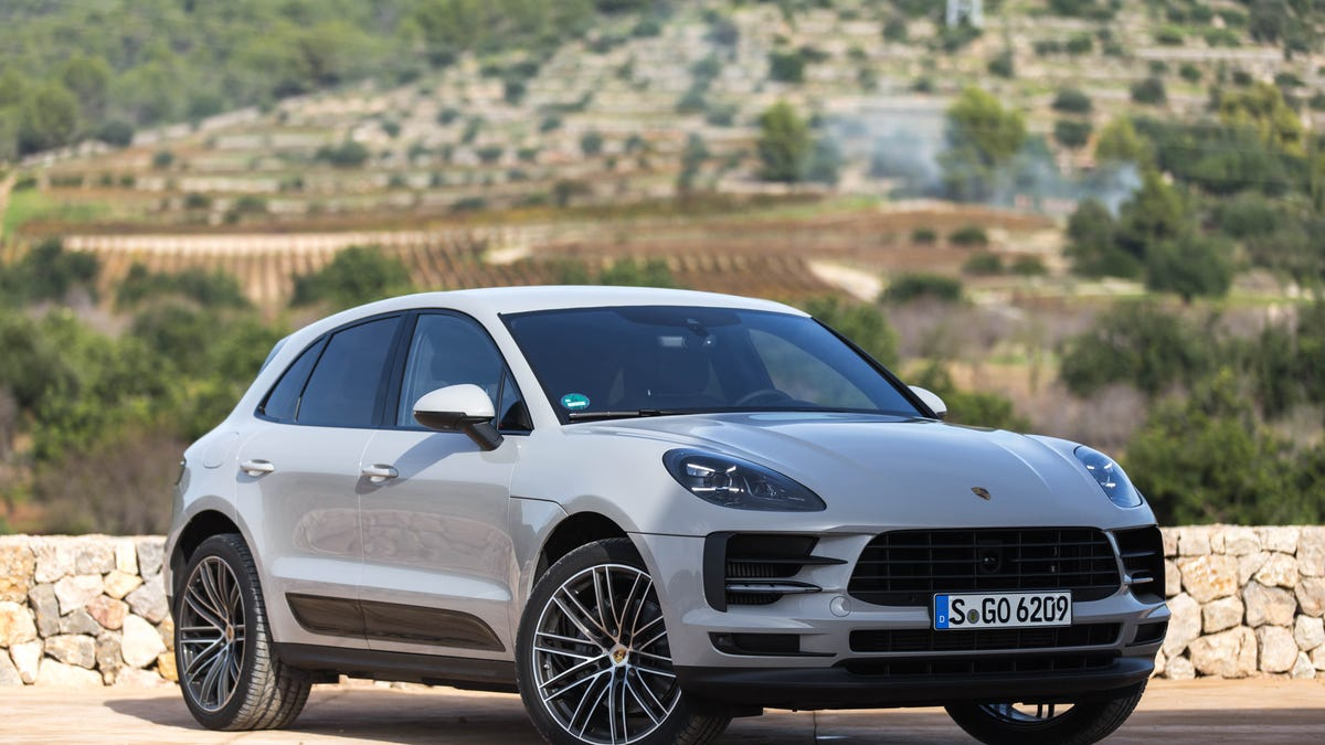 The 2019 Porsche Macan Handles Better Than a Crossover Has
