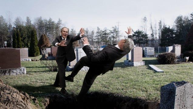 'No, Take Jeb Instead,' Screams George W. Bush While Shoving Brother Into Father's Grave