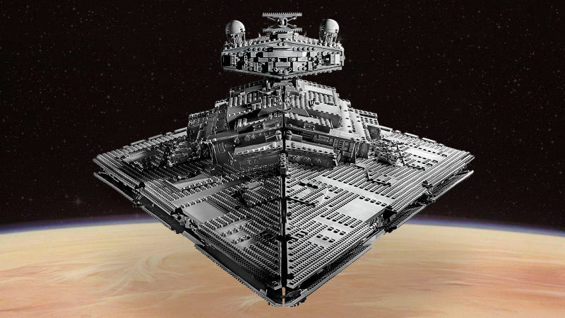 The 4,784-Piece Lego Star Wars UCS Imperial Star Destroyer Makes Me Want to Root for the Empire