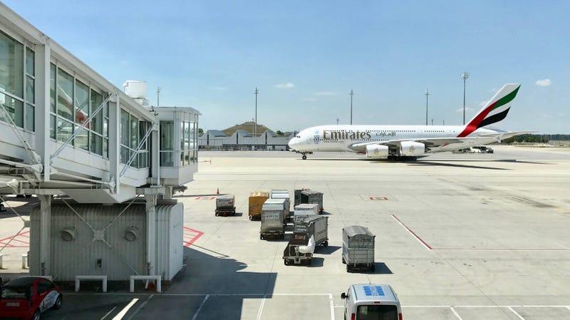 Emirates Airlines International Flight Sale
