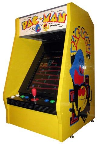 Illustration for article titled Lego Arcade Machine Overloads My Nerd Senses