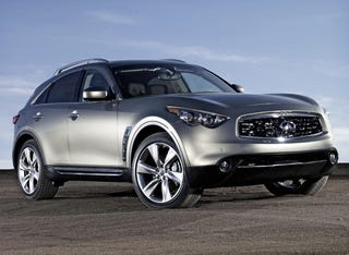 Illustration for article titled 2009 Infiniti FX50 Revealed At Poorly-Lit Function