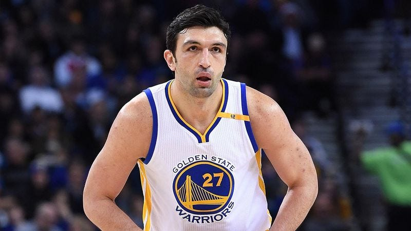 Illustration for article titled NBA Fan Still Hasn't Gotten Used To Seeing Zaza Pachulia In A Warriors Uniform