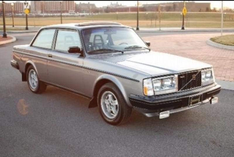 Illustration for article titled Will $17,995 for an '84 Volvo 240 Turbo pass your moose test?