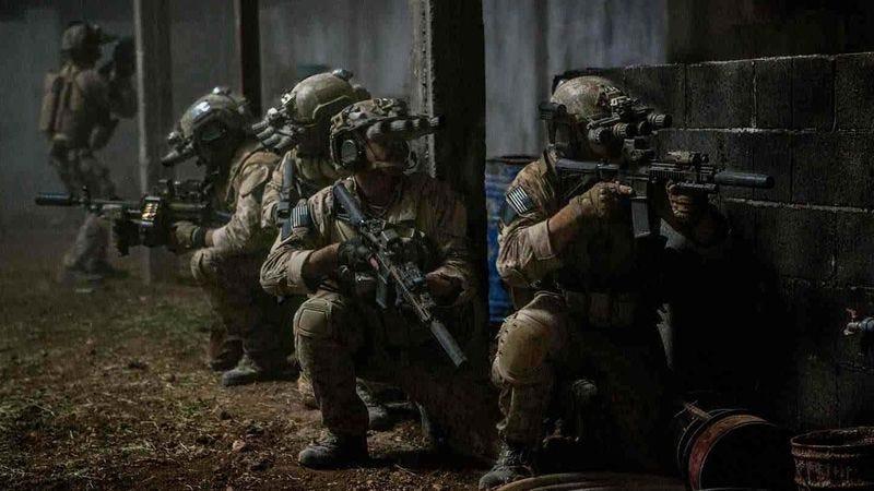 Zero Dark Thirty' Reveals Navy SEALs Killed Bin Laden By Frantically