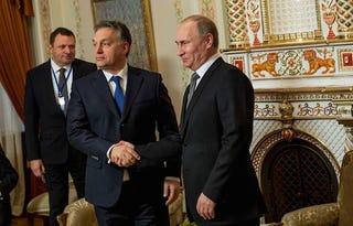 Illustration for article titled Már egy hónap sincs hátra, és jön Putyin!