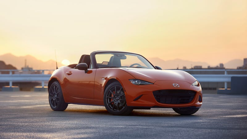Illustration for article titled Mazda Gives 143 U.S. Buyers Another Chance at the 30th-Anniversary Miata