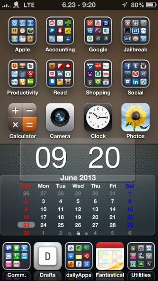 Illustration for article titled Tip: iPhone Home Screen Organization.