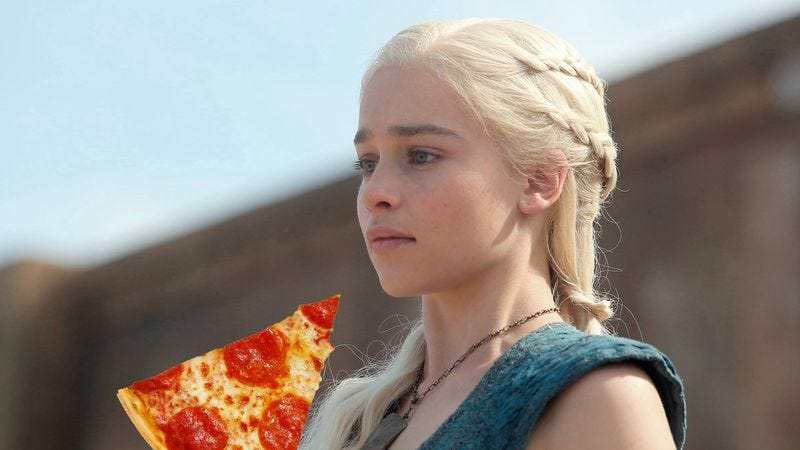 Illustration for article titled Watch Yunkai herald the arrival of Daenerys Targaryen's pizza order