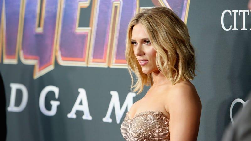 Illustration for article titled Scarlett Johansson, Rethink This