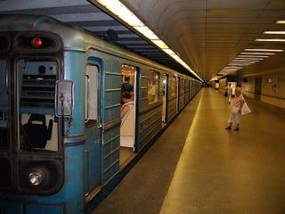 Illustration for article titled Lázár János pénzt adott, felújítják a hármas metrót