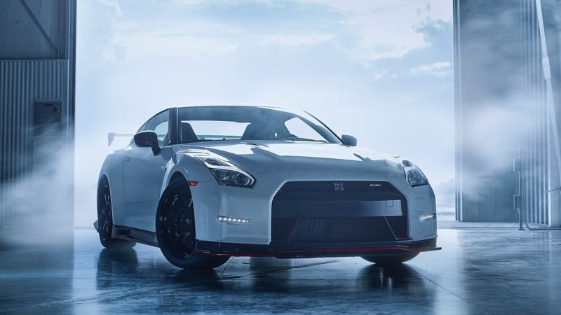 Illustration for article titled The Aging Nissan GT-R Is Incredibly Still The Benchmark