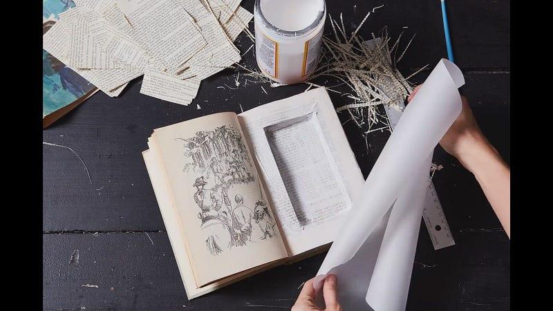 Haga un libro compartido secreto para ocultar objetos de valor