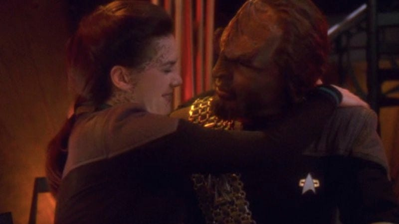 """Illustration for article titled Star Trek: Deep Space Nine: """"Change Of Heart""""/""""Wrongs Darker Than Death Or Night"""""""