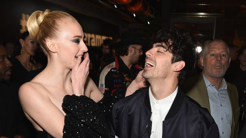 Illustration for article titled Joe Jonas and Sophie Turner Are Married Now, Thanks to an Elvis Impersonator