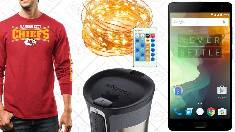 Illustration for article titled Today's Best Deals: Unlocked Smartphones, NFL Apparel, Your Favorite Travel Mug