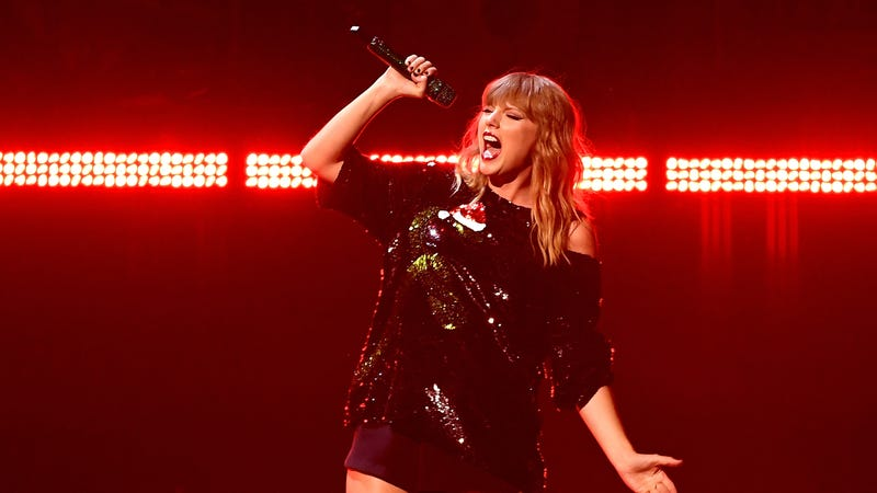 Taylors gonna Tay, Tay, Tay, Tay, Tay. (Photo; ANGELA WEISS/AFP/Getty Images)