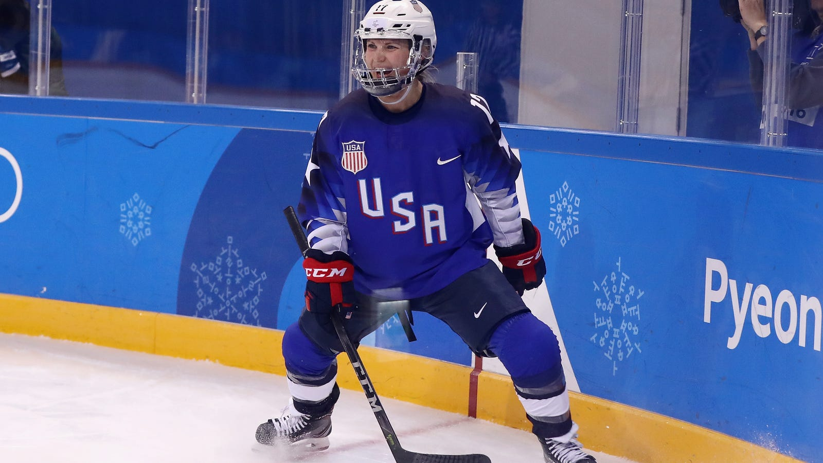 Jocelyne Lamoureux Scores Two Goals In Six Seconds For Team USA