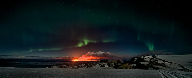 Illustration for article titled Mesmerizing Aurora in Dramatic Landscapes of Fire, Ice, and Shadow