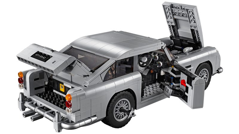 Illustration for article titled Lego Recreated James Bond's Aston Martin DB5 Complete With Ejector Seat and Hidden Machine Guns
