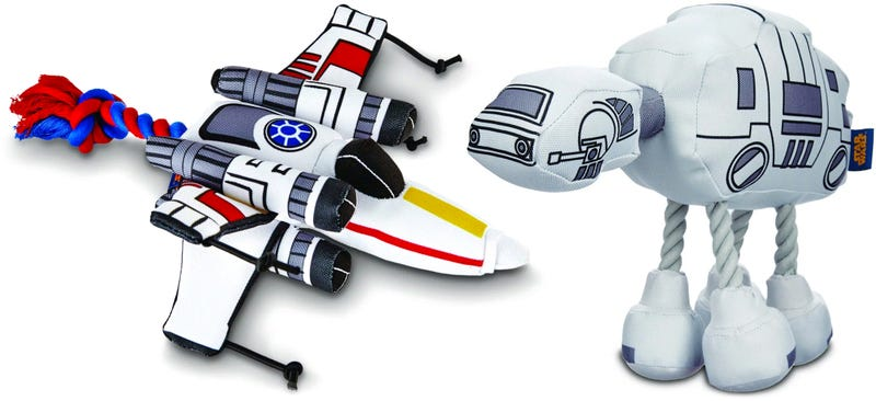 Illustration for article titled You'll Want These Star Wars Dog and Cat Toys More Than Your Pets Do