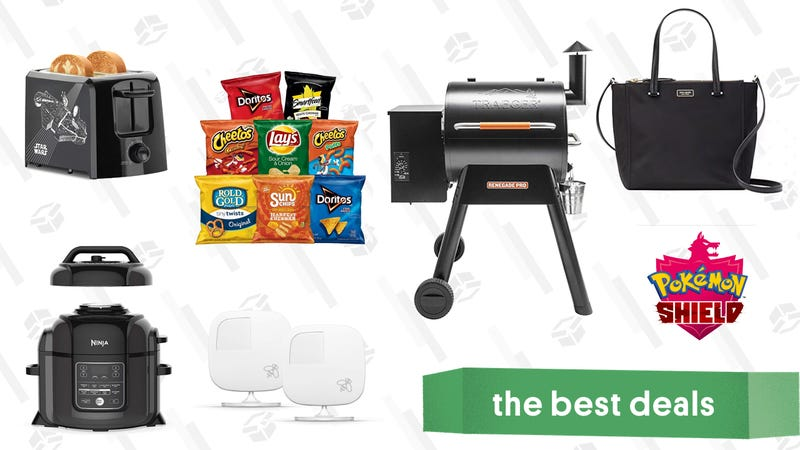 Illustration for article titled Monday's Best Deals: Ninja Foodi, Traeger Grills, Glad Trash Bags, and More
