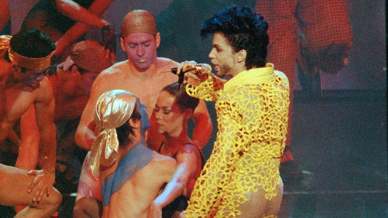 Princes 1991 MTV Video Awards Performance Is Maybe The Sexiest Thing Ever Aired On TV