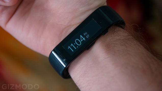 Samsung Gear Fit Is Beautiful Inside And Out Review: Microsoft Band Review: Tracks Your Every Move, Then Breaks
