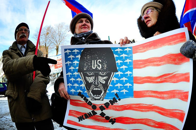 Illustration for article titled Az oroszok a legjobban Amerikát gyűlölik, de Európáért sincsenek oda
